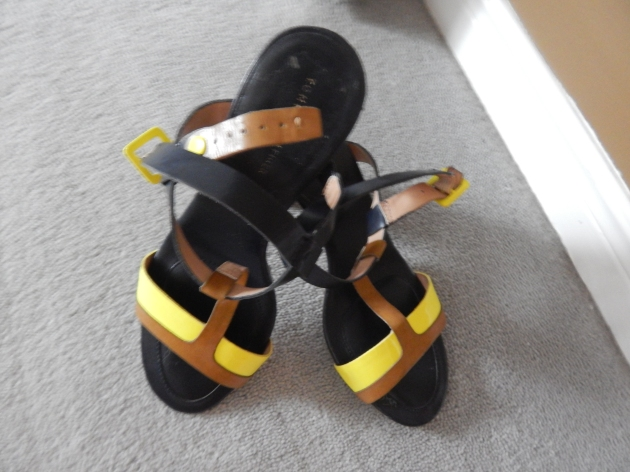 Tommy Hilfiger strappy multi-colour sandal. The go-with-anything shoe.
